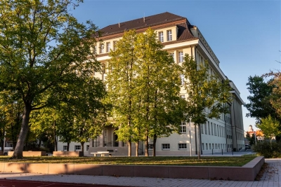 Umbau und Sanierung Hans-Erlwein-Gymnasium und Neubau Dreifeldsporthalle