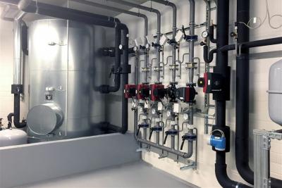 Neubau zweigeschossige Produktionshalle
